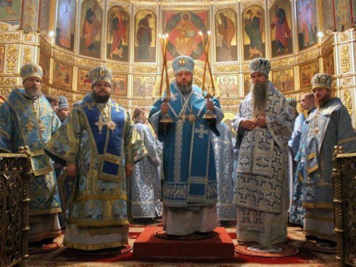 Главный храм Кузбасской митрополии отметил престольный праздник