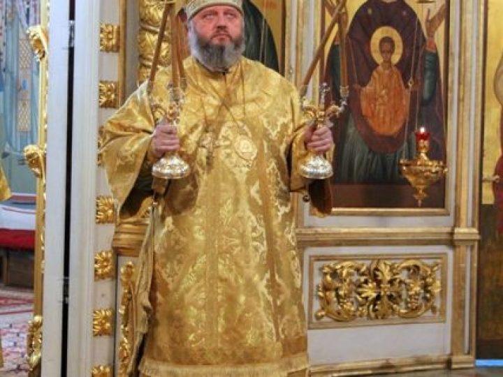 В Неделю сыропустную (Прощеное воскресенье) глава Кузбасской митрополии совершил Литургию в Знаменском соборе