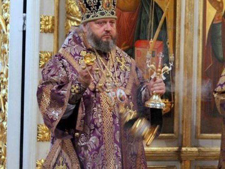 В Неделю 4-ю Великого поста, преподобного Иоанна Лествичника, митрополит Аристарх совершил Литургию в Знаменском соборе