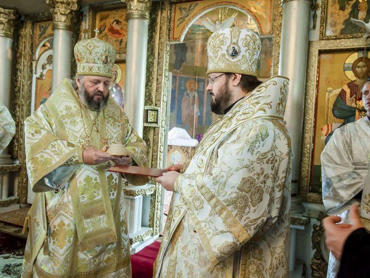 Митрополит Аристарх возглавил торжества по случаю годовщины архиерейской хиротонии епископа Мариинского и Юргинского Иннокентия