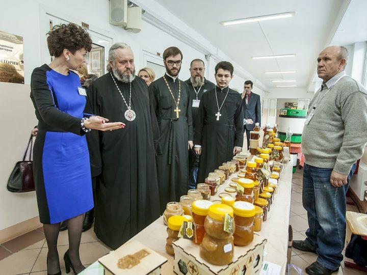 Митрополит Аристарх встретился со студентами КемГСХИ