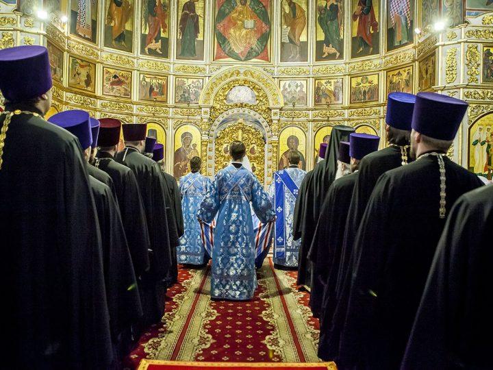 Знаменский кафедральный собор встретил престольный праздник