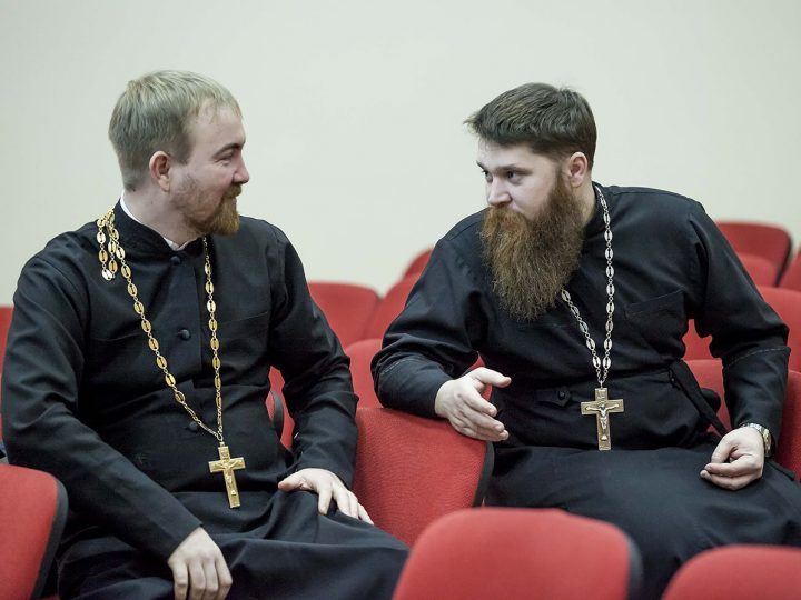 В Кемерове прошло последнее заседание Епархиального совета в 2016 году
