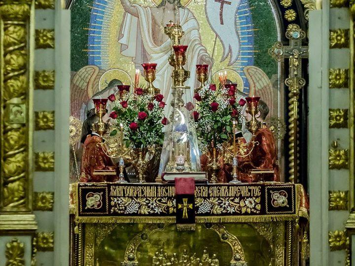 Светлое Христово Воскресение в главном храме Кузбасса