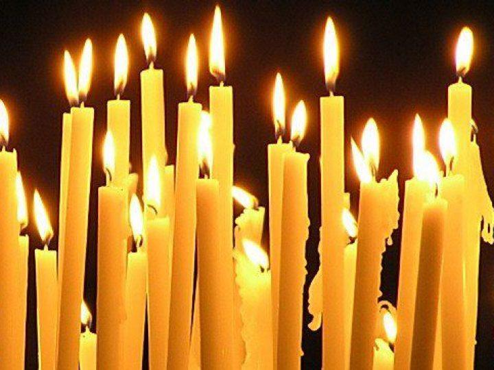 В Троицкую родительскую субботу митрополит Аристарх молился в Знаменском соборе