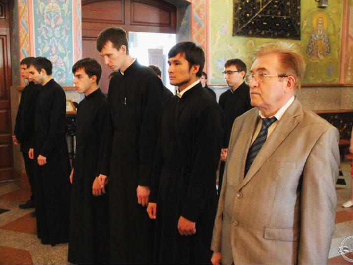 Духовная школа Кузбасса попрощалась с выпускниками