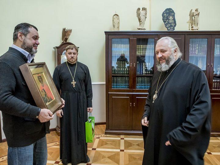 Глава митрополии встретился с членами Союза писателей и общества «Духовные традиции Земли Кузнецкой»
