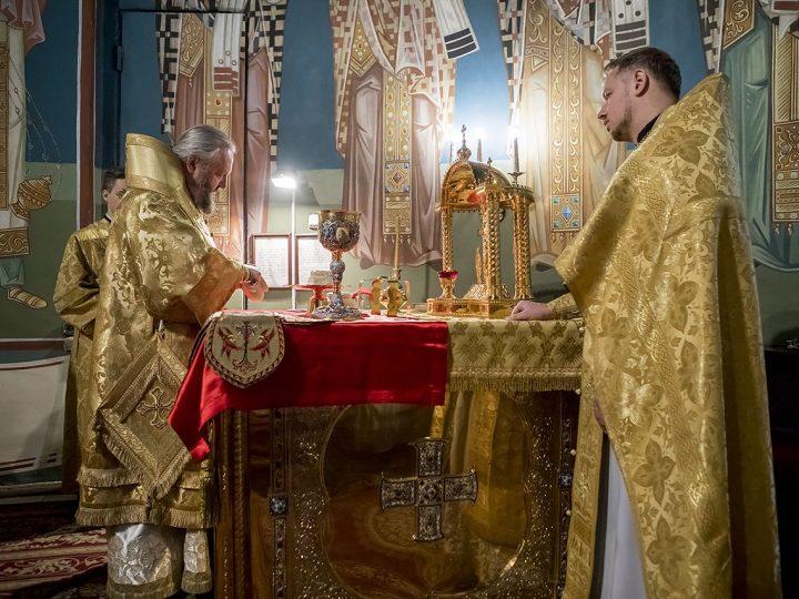 Служение митрополита в воскресный день