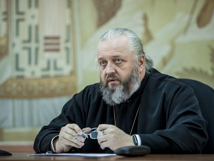 В Кемеровской епархии состоялось собрание руководителей отделов под председательством митрополита Аристарха