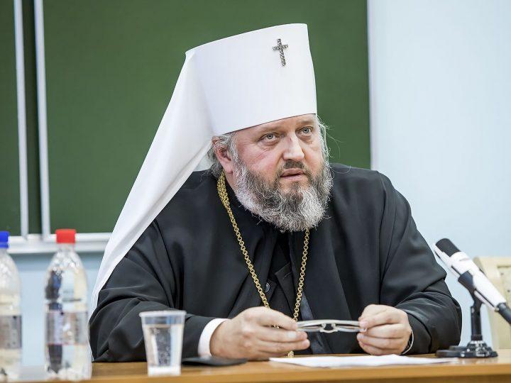 Правящий архиерей Кузбасской митрополии встретился со студентами медицинского университета Кемерова