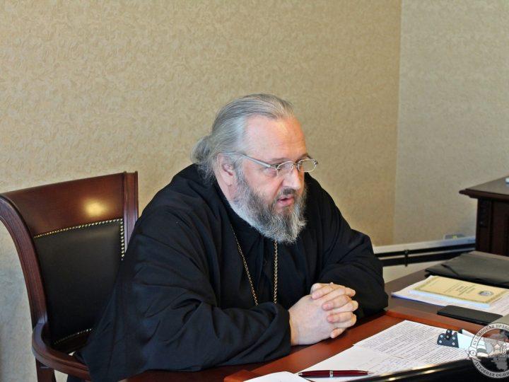 Правящий архиерей посетил Кузбасскую семинарию с рабочим визитом
