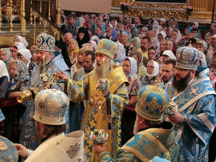 Глава Кузбасской митрополии принял участие в чествовании иконы Божией Матери «Смоленская»