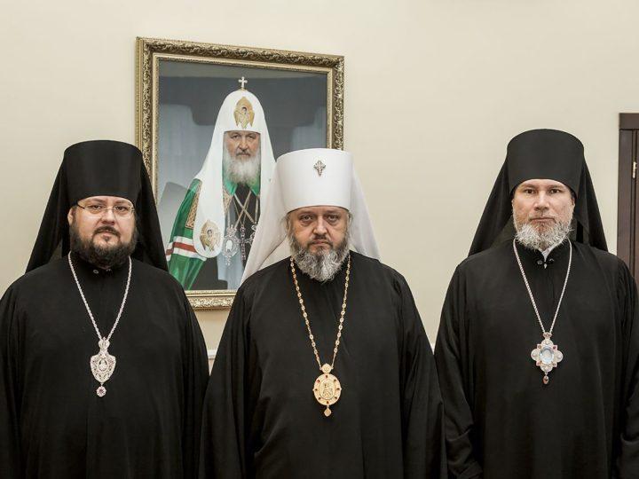 В Кемеровском епархиальном управлении состоялось внеочередное заседание Архиерейского совета Кузбасской митрополии