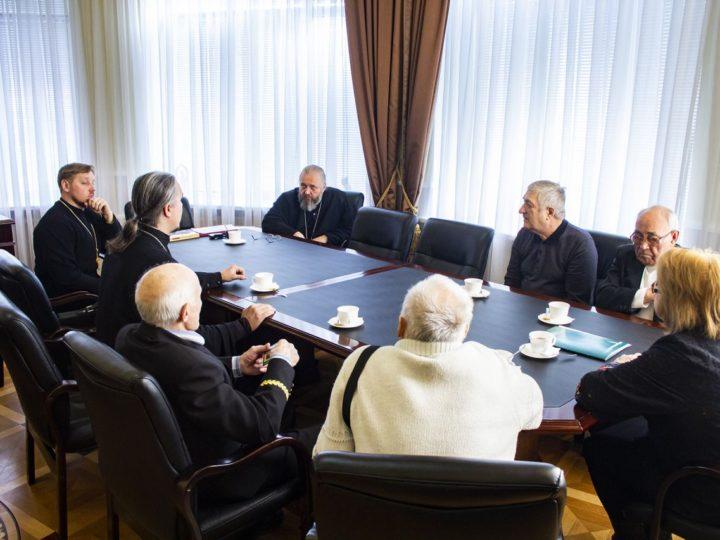 Глава Кузбасской митрополии встретился с делегацией Совета ветеранов закрывшейся шахты Северной