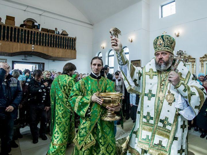 В праздник Пятидесятницы митрополит Аристарх совершил диаконскую хиротонию