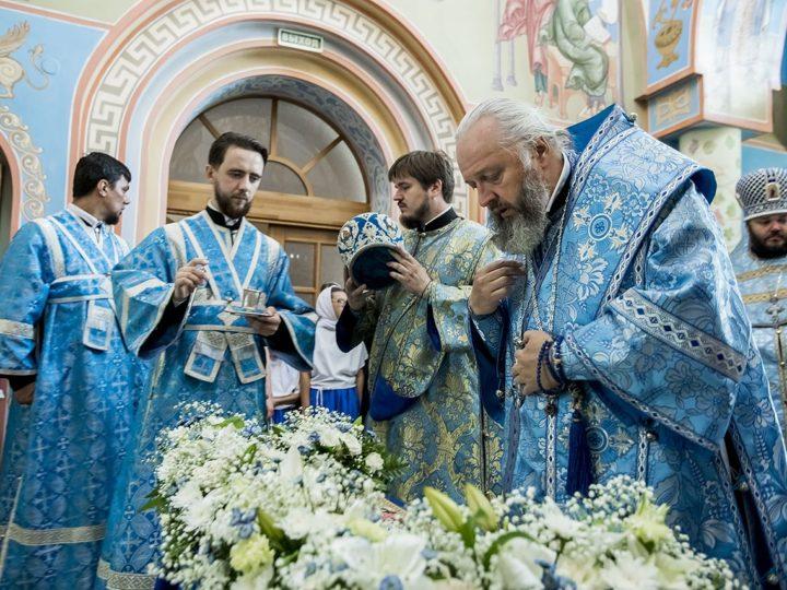 Митрополит Аристарх посетил Свято-Успенский женский монастырь в Елыкаеве в канун престольного дня