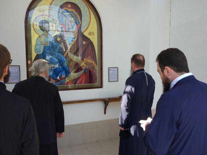 Главы Кемеровской и Тираспольской епархий посетили часовню в г. Григориополе