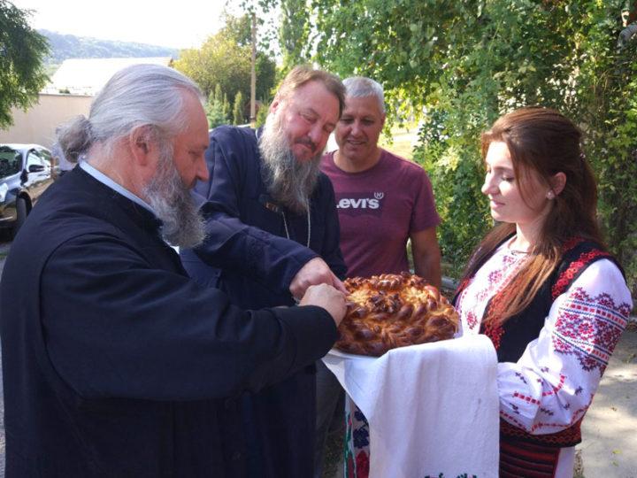 Владыка Аристарх посетил село Строенцы в Приднестровье
