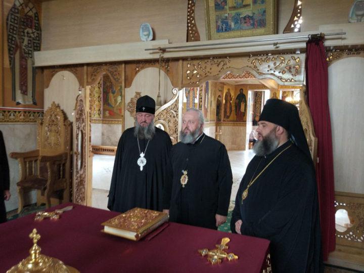 Глава Кузбасской митрополии побывал в Богородице-Рождественском монастыре села Курки