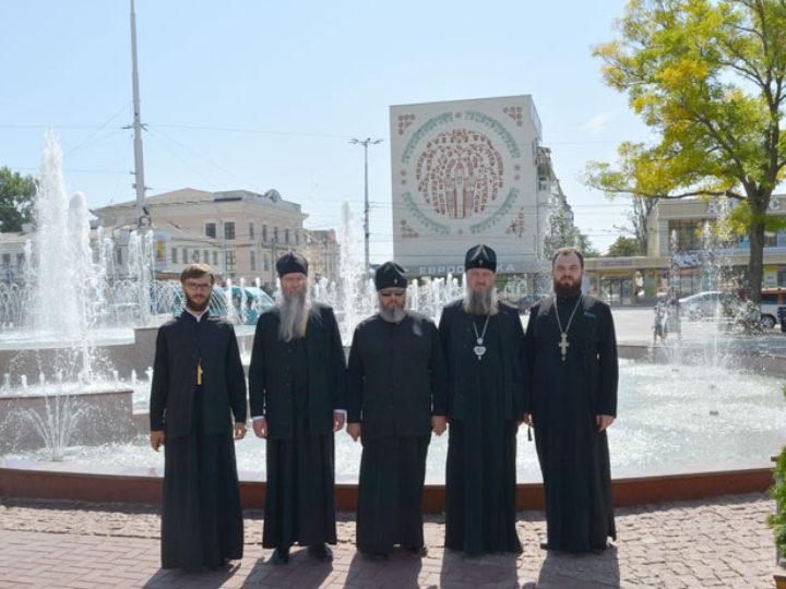 Митрополит Аристарх прибыл в Молдавию на празднование годовщины архиерейской хиротонии архиепископа Тираспольского