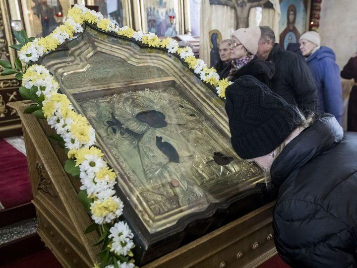 Старейший кемеровский храм встретил престольный праздник