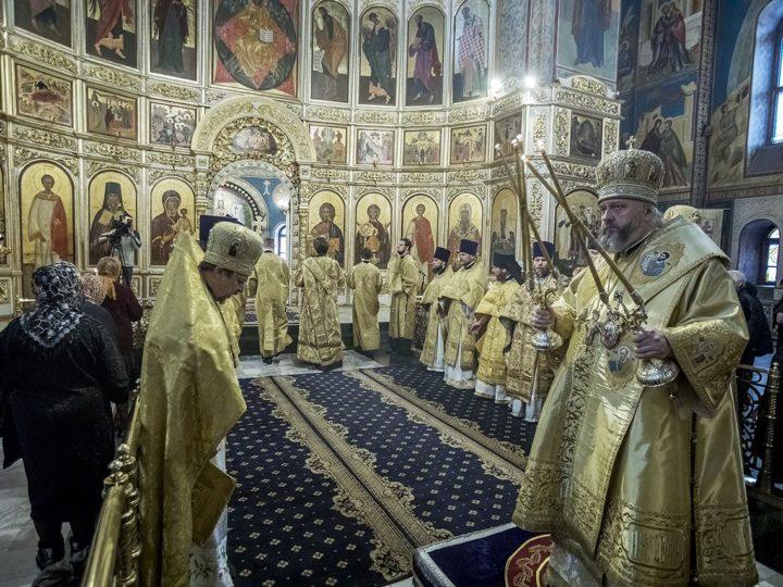 Глава митрополии возглавил чин Торжества Православия в Знаменском соборе Кемерова