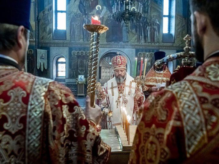 На Радоницу богослужения в храмах Кузбасса прошли без участия прихожан