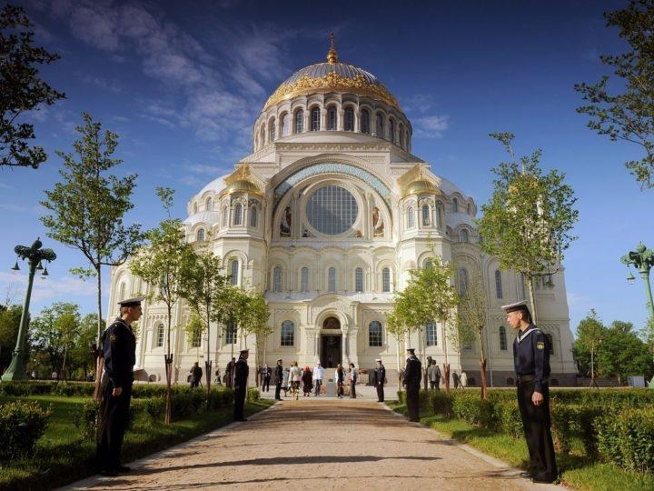 Паломническая служба Кузбасской митрополии приглашает в августе посетить Санкт-Петербург