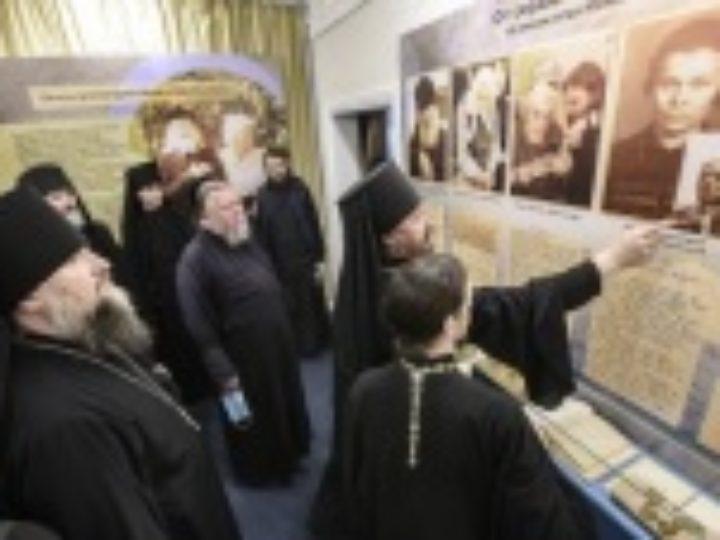 В Псково-Печерском монастыре открылась мультимедийная выставка, посвященная архимандриту Иоанну (Крестьянкину)