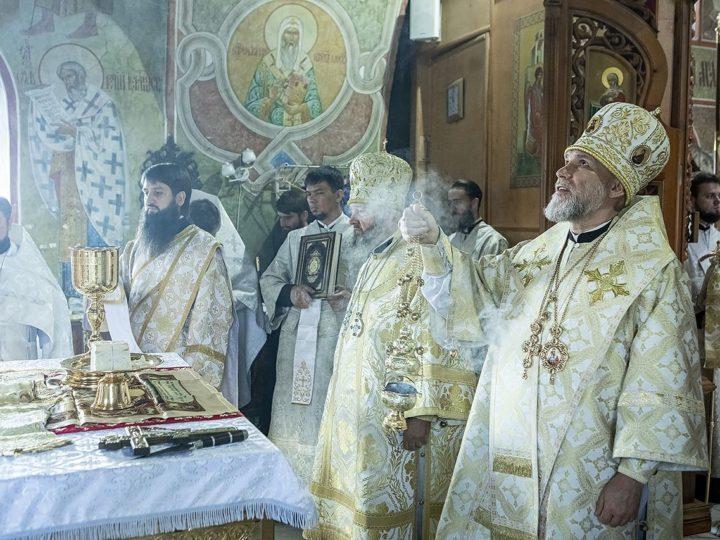 19 августа 2020 г. Литургия в престольный день Преображенского собора в Новокузнецке