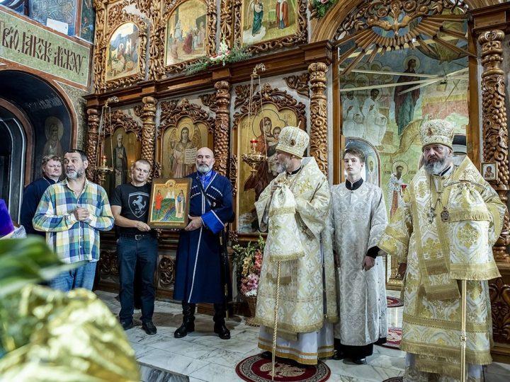 Старейший храм Кузбасса встретил престольный праздник