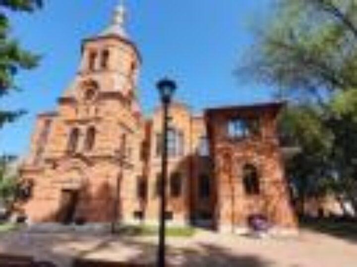 Управляющий делами Московской Патриархии принял участие в открытии исторической архиерейской резиденции в столице Северной Осетии