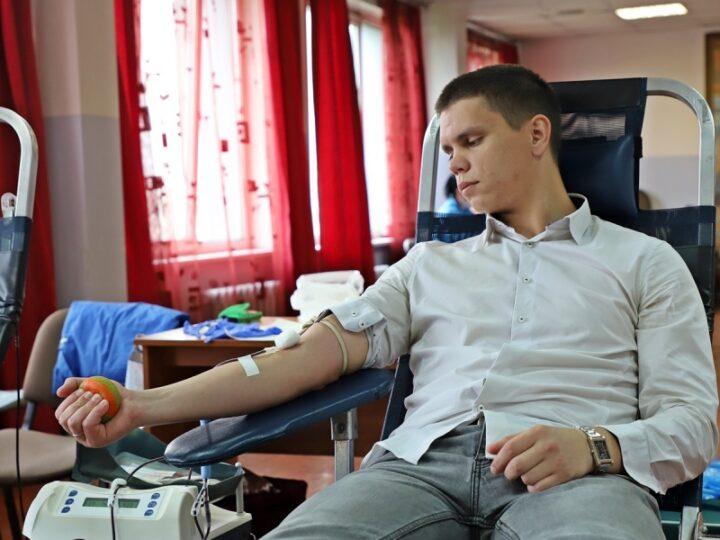 В Кузбасской семинарии состоялась сдача донорской крови