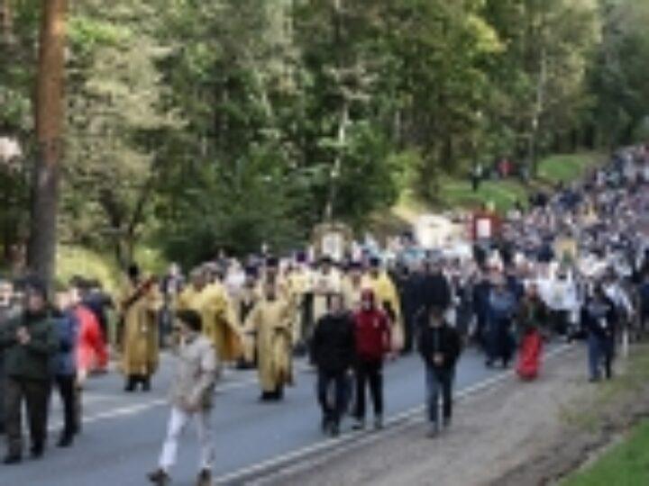 В Московской области прошел IX Елисаветинский крестный ход