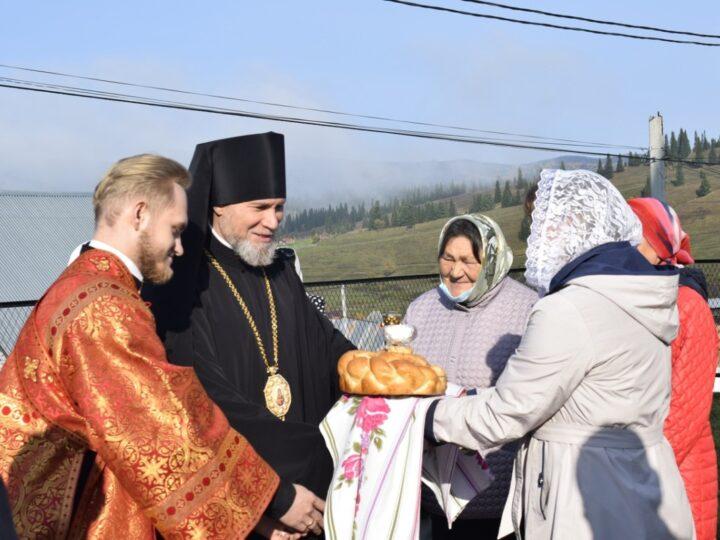 Епископ Владимир совершил освящение храма в Таштагольском районе