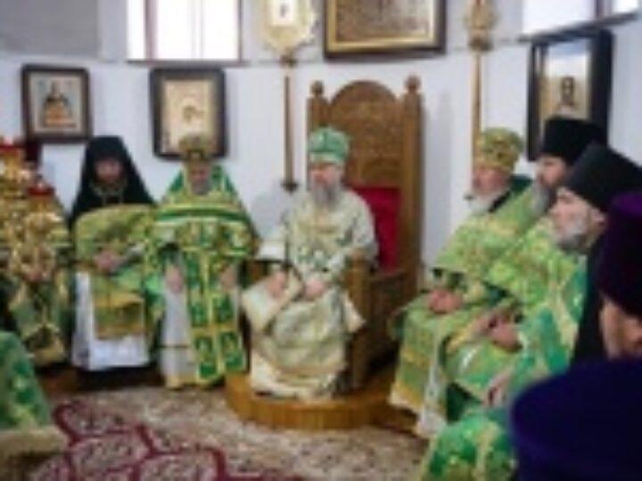 В Алма-Ате молитвенно отметили день обретения мощей преподобного Севастиана Карагандинского