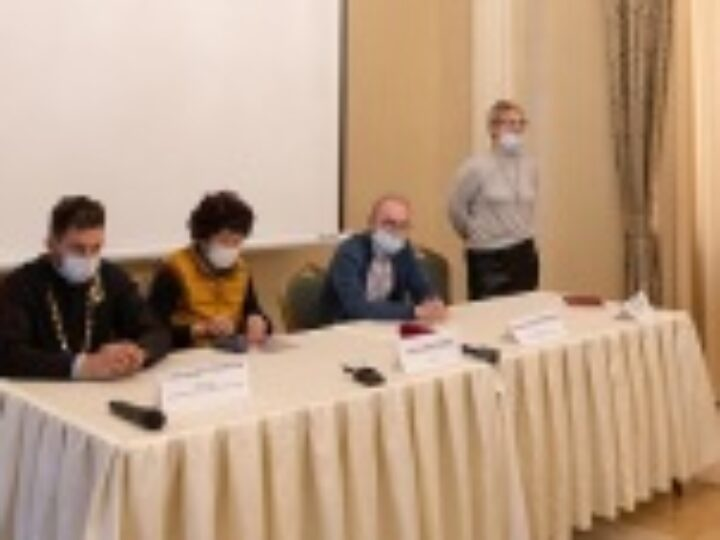 В Алма-Ате состоялась презентация фильма о Вознесенском кафедральном соборе