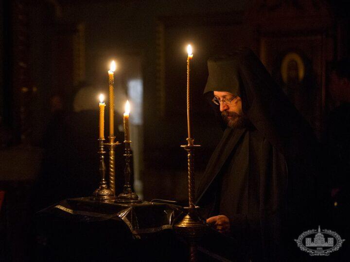 В Новокузнецком храме в честь Феодоровской иконы Божией Матери состоится ночная Литургия