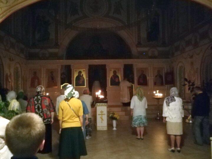 «Свет в ночи»: при Кузбасской семинарии состоялась традиционная акция