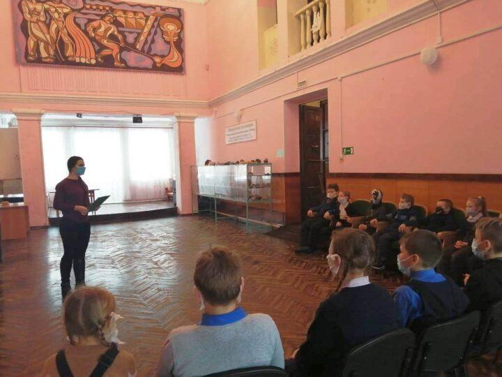 «Прикоснись к подвигу сердца»: скауты из Темиртау приняли участие в тематической беседе