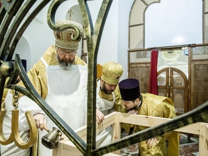 При онкологическом диспансере в Кемерове освятили новый храм
