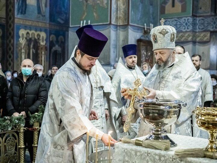 В Кузбассе встретили праздник Крещения Господня