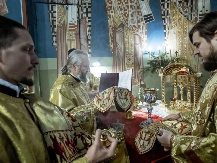 17 января 2021 г. Служение главы Кузбасской митрополии в день своего рождения