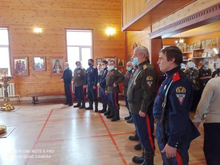 В храмах Новокузнецкой епархии совершили заупокойные богослужения по убиенным казакам