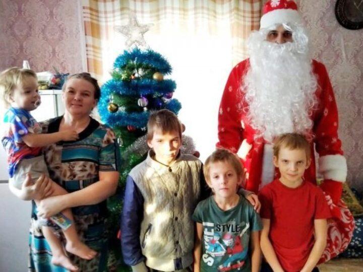 В Белове завершилась ежегодная благотворительная акция «Рождественские дары»