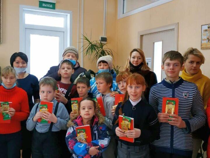 В Юрге дети с ограниченными возможностями здоровья посетили кафедральный собор
