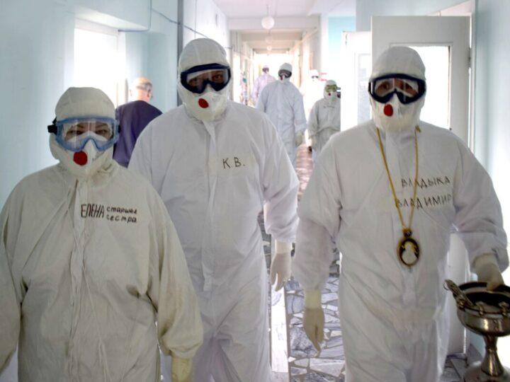 Епископ Новокузнецкий и Таштагольский Владимир посетил ковидный госпиталь