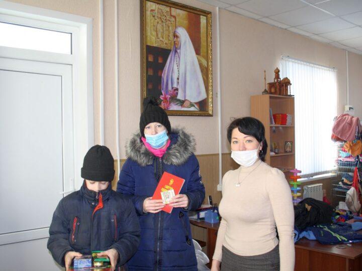 В Мариинской епархии прошла ежегодная благотворительная акция «Подари ребёнку праздник!»