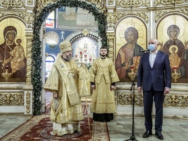 Глава Кузбасской митрополии встретил день своего рождения