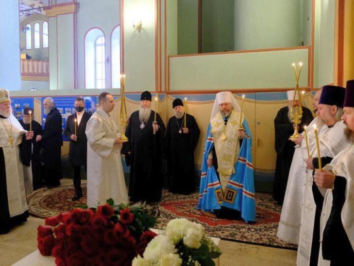 Митрополит Аристарх совершил во Владимире заупокойное богослужение по митрополиту Евлогию (Смирнову)